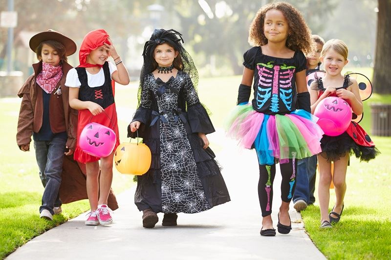 Picture of children dressed up trick or treating